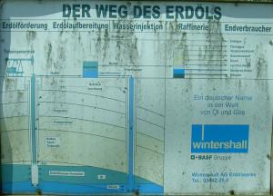 Der Weg des Erdöls - Das vergiftete Lagerstättenwasser wurde wieder in den Untergrund gepresst.