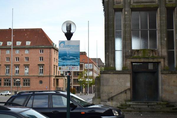 wasser-Kiel-Haupteingang-Rathaus-web